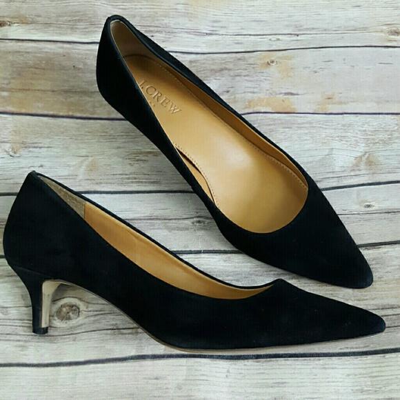 081c3bf67c9 J. Crew Shoes - ⬇45 J.Crew Black Esme Suede Kitten Heel 6
